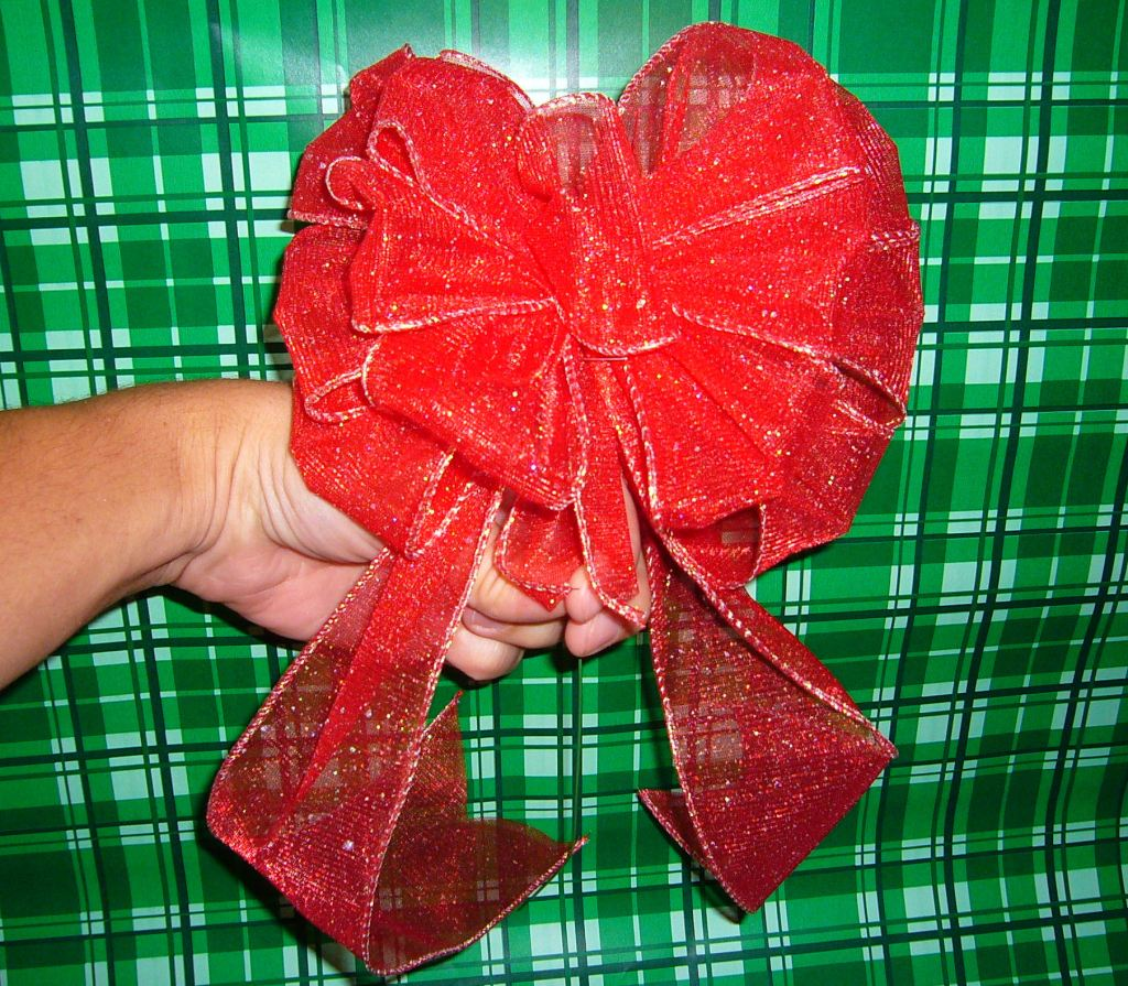 bows, holiday decorations, DIY bows, Christmas